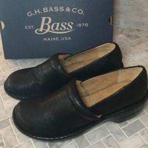 Bass & Co. Black Clog Sheena Size 11